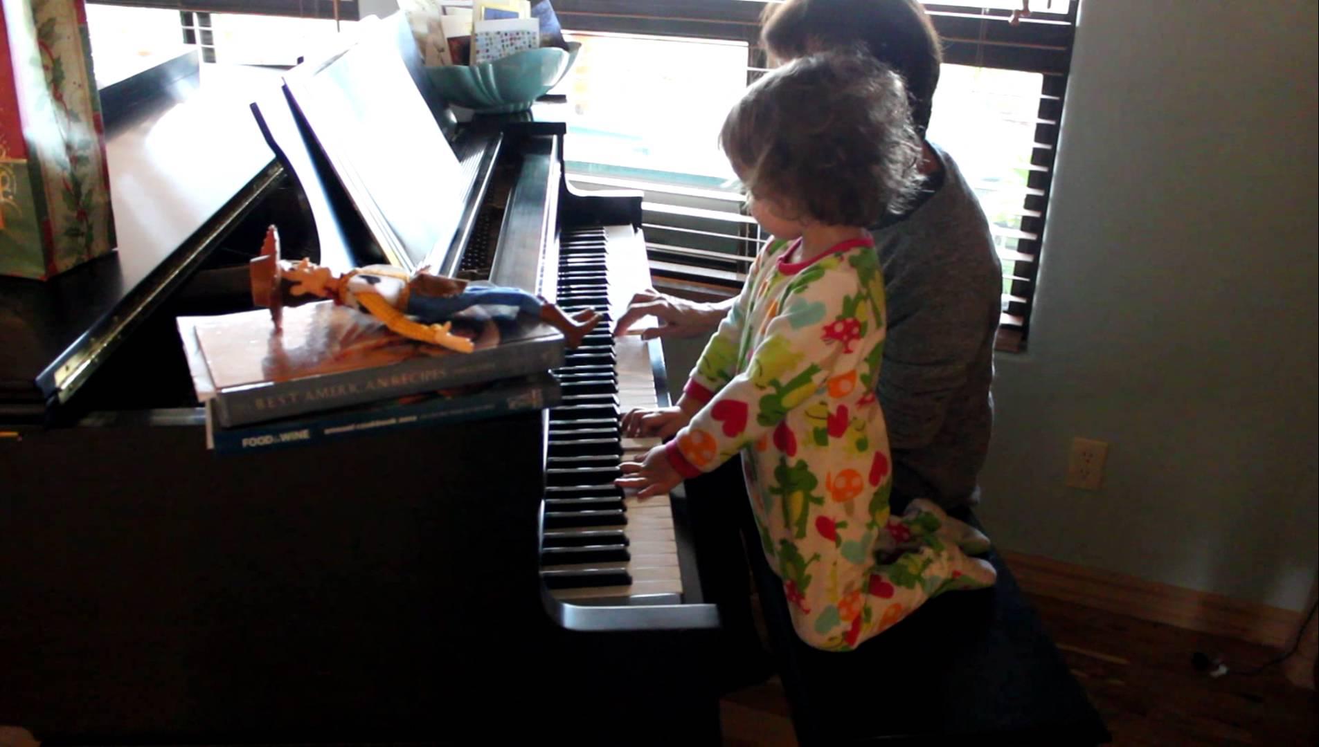 """Đọc xong bài viết Típ người trung niên nào có thể học đàn piano, hẳn bạn đã thấy bóng dáng của mình trong đó và muốn """"Just do it!"""" ngay nhưng rồi bạn lại nghi ngại, không dám mạnh dạn làm điều mình muốn."""