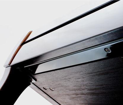 Tinh thần sáng tạo không mệt mỏi của Kawai đã cho ra đời những dòng đàn có âm thanh tuyệt hảo, trường tồn với thời gian như K-series. Sau đây là những yếu tố làm nên thương hiệu đàn upright piano Kawai mà bạn khó có thể bỏ qua.