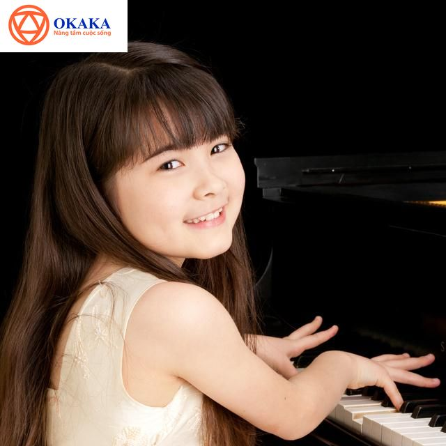 """Bất kể lý do bạn mua đàn piano là gì, hẳn bạn muốn biết địa chỉ mua đàn piano uy tín chất lượng tại TP.HCM. Sài Gòn hiện có hàng trăm cơ sở bán đàn piano, bạn biết """"chọn mặt gửi vàng"""" cho ai đây? Bài viết này mách bạn một địa chỉ tuyệt đối không thể bỏ qua, đó là OKAKA Music"""