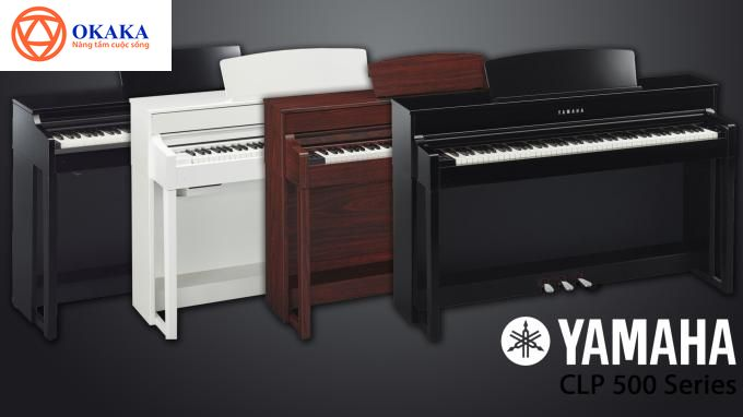 """Yamaha được xem là một trong những thương hiệu đàn piano điện yêu thích tại Việt Nam. Bạn sẽ dễ dàng tìm thấy những chiếc đàn piano của Yamaha trong các buổi nhạc nhỏ tại các quán bar, pub, cà phê, chương trình ca nhạc ngoài trời… Không phải ngẫu nhiên mà đàn piano điện Yamaha có thể """"vươn vòi bạch tuộc"""" khắp lãnh thổ Việt Nam, trở thành """"thương hiệu đàn piano điện quốc dân"""" và """"lọt vào mắt xanh"""" của biết bao người trót say mê tiếng đàn piano du dương. Ngay đến OKAKA cũng thường tư vấn nhiều người mới tập đàn piano nên chọn mua đàn piano điện Yamaha."""