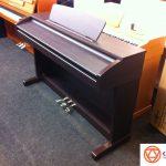 Mua đàn piano cũ giá rẻ, nên hay chăng?
