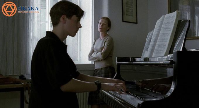 Để giúp bạn có thêm niềm tin và động lực trong việc học đàn piano, OKAKA Music xin giới thiệu đến bạn top 5 bộ phim hay nhất về chủ đề piano.
