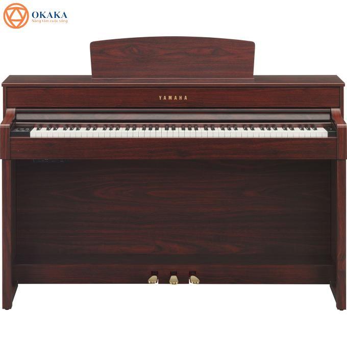 """Đàn piano điện yamaha CLP-545 dòng Clavinova được xem là phiên bản cải tiến nho nhỏ của series đỉnh cao Clavinova CLP-500. Dù không có quá nhiều điểm """"cách mạng"""" khác biệt so với """"người em"""" Yamaha CLP-535 nhưng CLP-545 vẫn sẽ khiến bạn phải cân nhắc bởi khả năng biểu cảm và tái tạo âm thanh sống động như grand piano."""