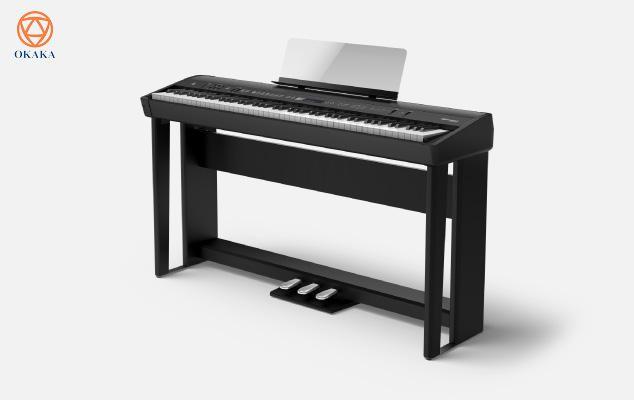 Đàn piano điện Roland FP-90 tích hợp động cơ âm thanh và bàn phím hàng đầu của Roland trong kiểu dáng tủ đứng hiện đại với hệ thống loa đa kênh, đủ sức để bạn trình diễn tại các địa điểm thân mật. Một loạt âm thanh bổ sung đã được chọn lọc cẩn thận bao gồm piano điện, string, organ và synths đã sẵn sàng cho nhiều kịch bản âm nhạc khác nhau. Có sẵn trong 2 màu đen hoặc trắng, Roland FP-90 xách tay đã sẵn sàng để bạn mang đến bất cứ nơi nào bạn muốn chơi.