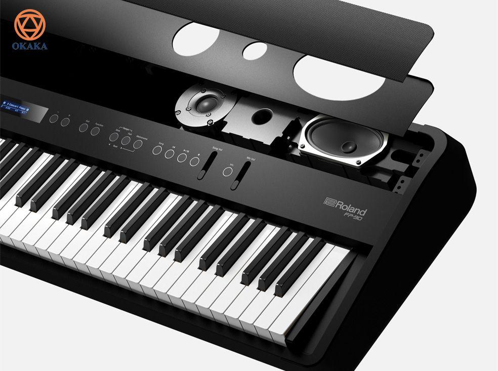 Nếu bạn chơi piano, bạn hiểu rằng nguồn cảm hứng có thể đến từ bất cứ đâu - nơi bạn chơi, người bạn chơi cùng và tất nhiên, khán giả bạn biểu diễn. Nếu bạn muốn đưa âm nhạc của mình đến với mọi người, đàn piano điện Roland FP-series với 3 model: FP-30/ FP-60/ FP-90 sẽ giúp bạn đạt được điều đó.