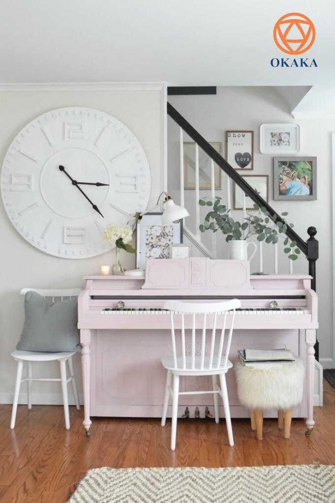Tuy nhiên, cũng giống như piano điện, giá đàn piano cơ trên thị trường vô cùng đa dạng và thượng vàng hạ cám. Do vậy, để giúp người yêu đàn trả lời câu hỏi đàn piano cơ giá bao nhiêu, OKAKA Music sẽ giải đáp bằng bài viết dưới đây.