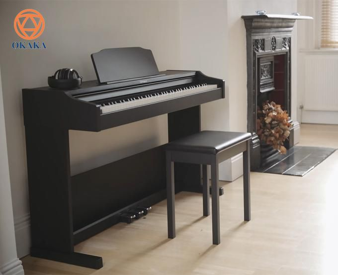Roland RP-102 là model phù hợp cho những ai đang tìm kiếm một cây đàn piano điện có giá cả hợp lý, thiết kế tinh tế và chỉ cần những tính năng cơ bản. Nhưng điều đó phải chăng có nghĩa là RP-102 có âm thanh và bộ cơ bàn phím hoạt động kém? Giá đàn piano điện Roland RP-102 như vậy có đáng đồng tiền bát gạo?