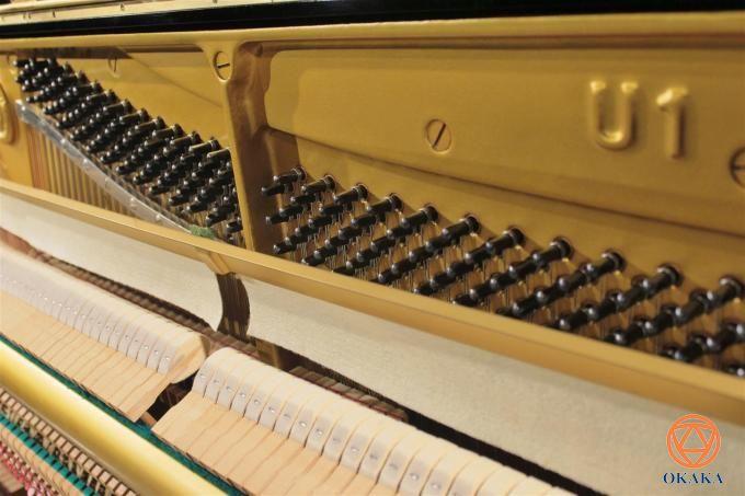 Rất nhiều khách hàng phân vân chọn lựa giữa hai model đàn upright piano Kawai K-300 mới ra mắt và Yamaha U1 sản xuất đã lâu. Bài viết này sẽ trình bày những điểm tương đồng và khác biệt giữa hai model để bạn đưa ra quyết định cuối cùng.