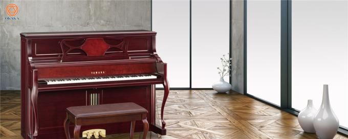 so-sanh-dan-upright-piano-kawai-va-yamaha-02