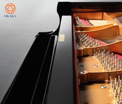 Đàn piano cơ Shigeru Kawai SK-5 với uy lực và kiểu dáng đáng hài lòng sẽ tô điểm cho một loạt địa điểm biểu diễn chuyên nghiệp, từ các studio cho đến các không gian độc tấu thân mật.