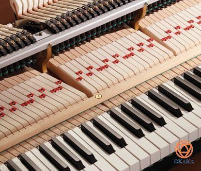 """Đàn piano cơ Shigeru Kawai SK-EX thể hiện sự theo đuổi """"tiêu chuẩn vàng"""" của Kawai trong việc chế tạo đàn piano: một nhạc cụ vô song được làm từ những vật liệu tốt nhất và được tạo ra bởi những nghệ nhân đầy lòng đam mê, giàu kiến thức và kinh nghiệm."""