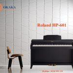 Khi tình yêu của bạn dành cho piano sâu sắc hơn, bạn cần một nhạc cụ cung cấp âm thanh, độ nhạy phím và công nghệ truyền cảm hứng cho việc biểu cảm và thưởng thức tuyệt vời hơn. Đàn piano điện Roland HP-601 là lựa chọn lý tưởng cho bạn, cung cấp âm thanh grand piano chân thực và độ nhạy phím của bộ cơ búa thực sự với các phím mô phỏng ngà voi và gỗ mun để hỗ trợ bạn tiến bộ trong việc phát triển kỹ năng với nhiều sắc thái biểu cảm khi chơi hơn.
