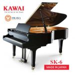 Trong dòng SK-series, đàn piano Shigeru Kawai SK-6 là model có kích thước tương đương một cây grand piano dành cho hòa nhạc, cho phép biểu diễn như một nghệ sĩ hòa nhạc thực thụ. SK-6 cung cấp một dải âm vực sống động và âm thanh phong phú có thể lấp đầy một căn phòng lớn cũng như một phòng hòa nhạc và không gian biểu diễn có kích thước trung bình.
