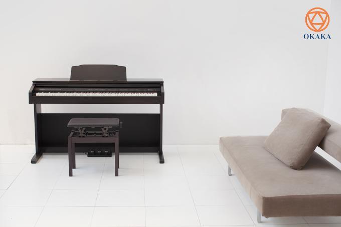 Nối tiếp thành công của model RP-102, đàn piano điện Roland RP-30 mới ra mắt tháng 7/2018 với giá thành hạt dẻ cùng các tính năng thú vị hứa hẹn sẽ truyền cảm hứng học đàn cho con bạn.