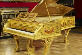 Top 10 cây đàn piano thuộc sở hữu của những người nổi tiếng